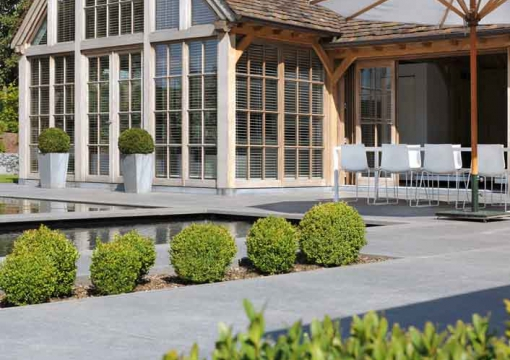 oak-poolhouse-lloyd-hamilton-leefruimte-outdoor-living-hout-woonunit-detail